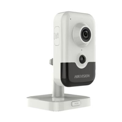 Відеокамера внутрішня ІР Hikvision 2MP DS-2CD2421G0-I (2.8)